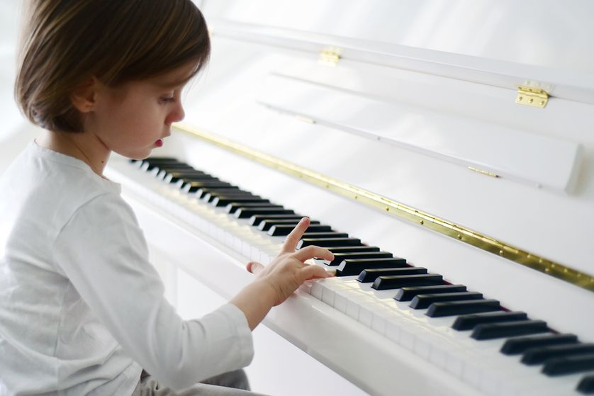Japan_used_piano_store_kl_malaysia_kids_talent