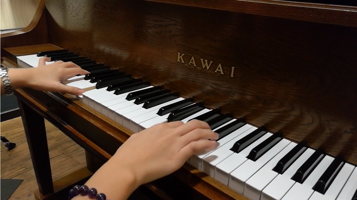 Japan Used Piano Kawai KL703 - Stronger