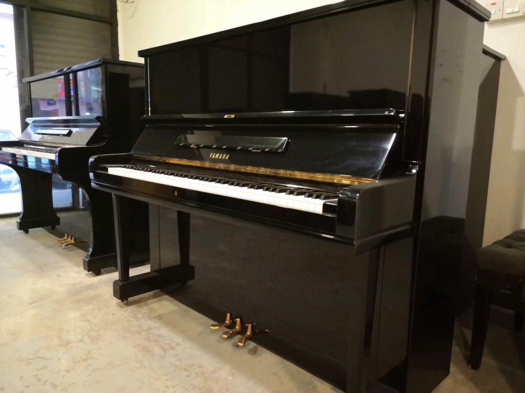 Japan Used Piano U3E - front1